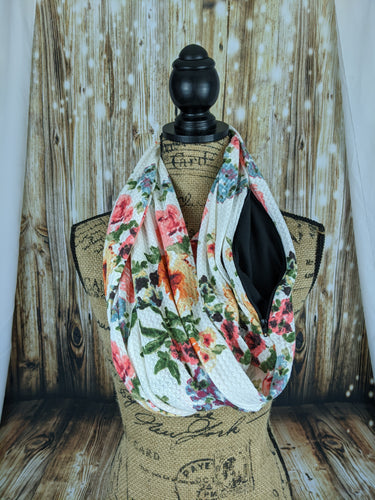 Snack Scarf - White Floral with Black Pocket