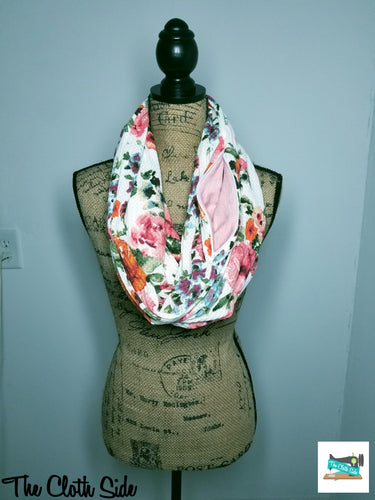 Snack Scarf - White Floral with Pink Pocket