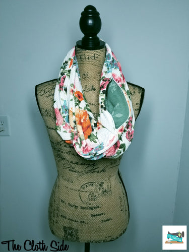 Snack Scarf - White Floral with Sage Pocket