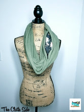 Load image into Gallery viewer, Snack Scarf - Olive with Floral Pocket