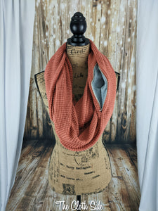 Snack Scarf - Chunky Mauve with Gray Pocket