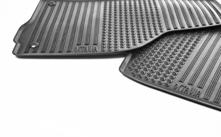 ŠKODA Floor Mats Set (Rubber)