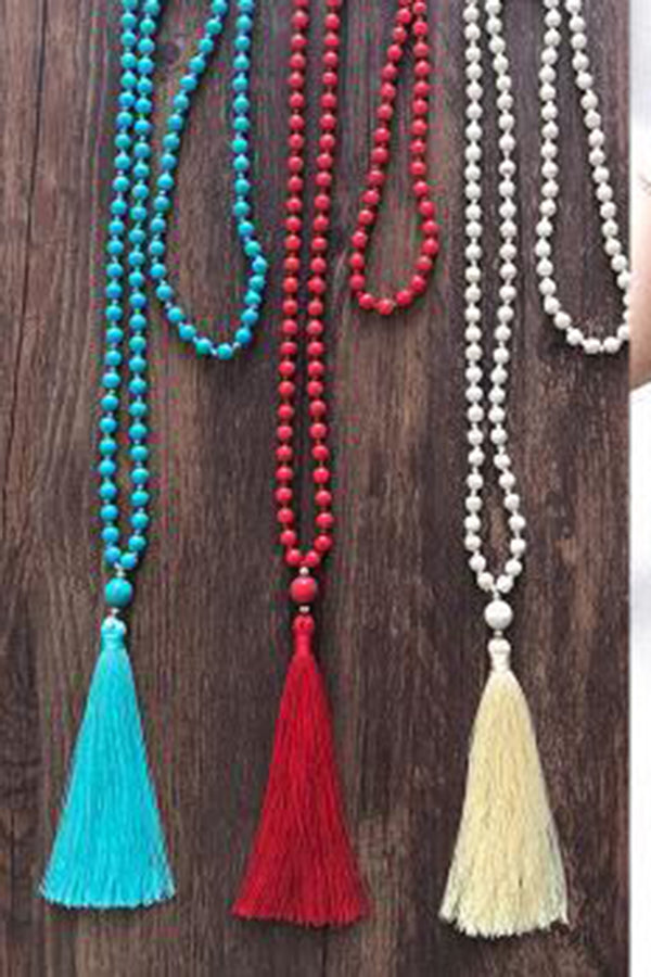 Woman Solid Color Tassel Long Necklace