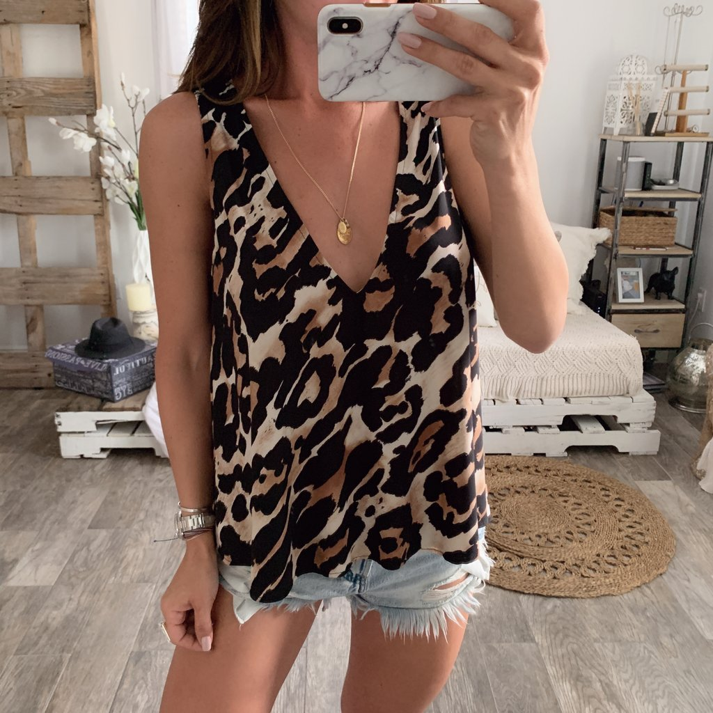 Sexy V-neck loose sleeveless leopard print vest
