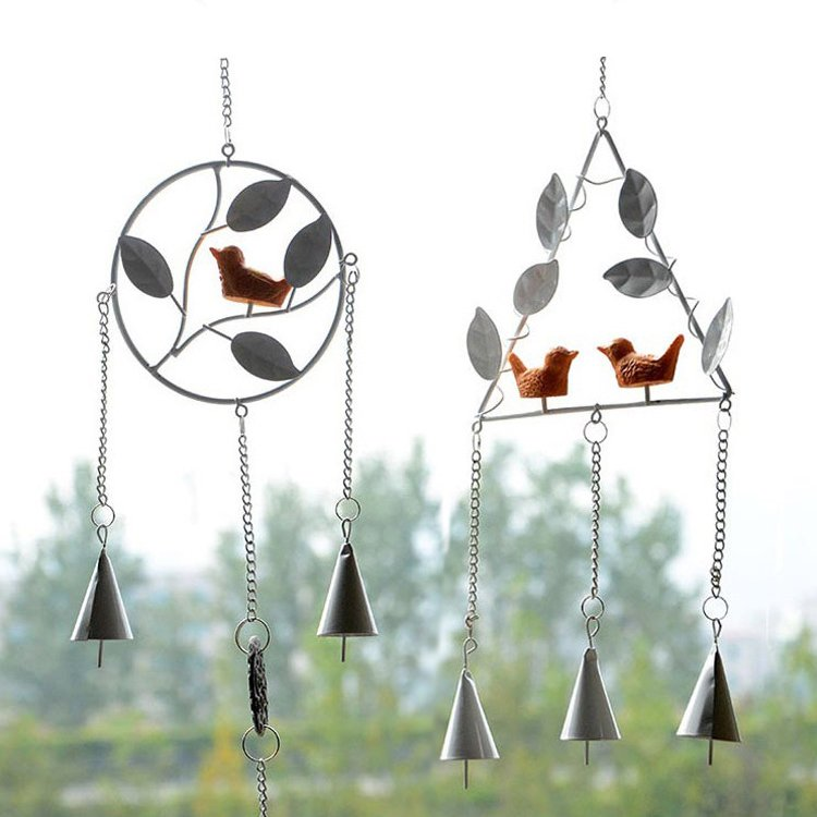 Retro Style Metal Wind Chimes Iron Triangle/Round with Maple Leaf and Bird Wind Bells Home Party Garden Hanging Ornament
