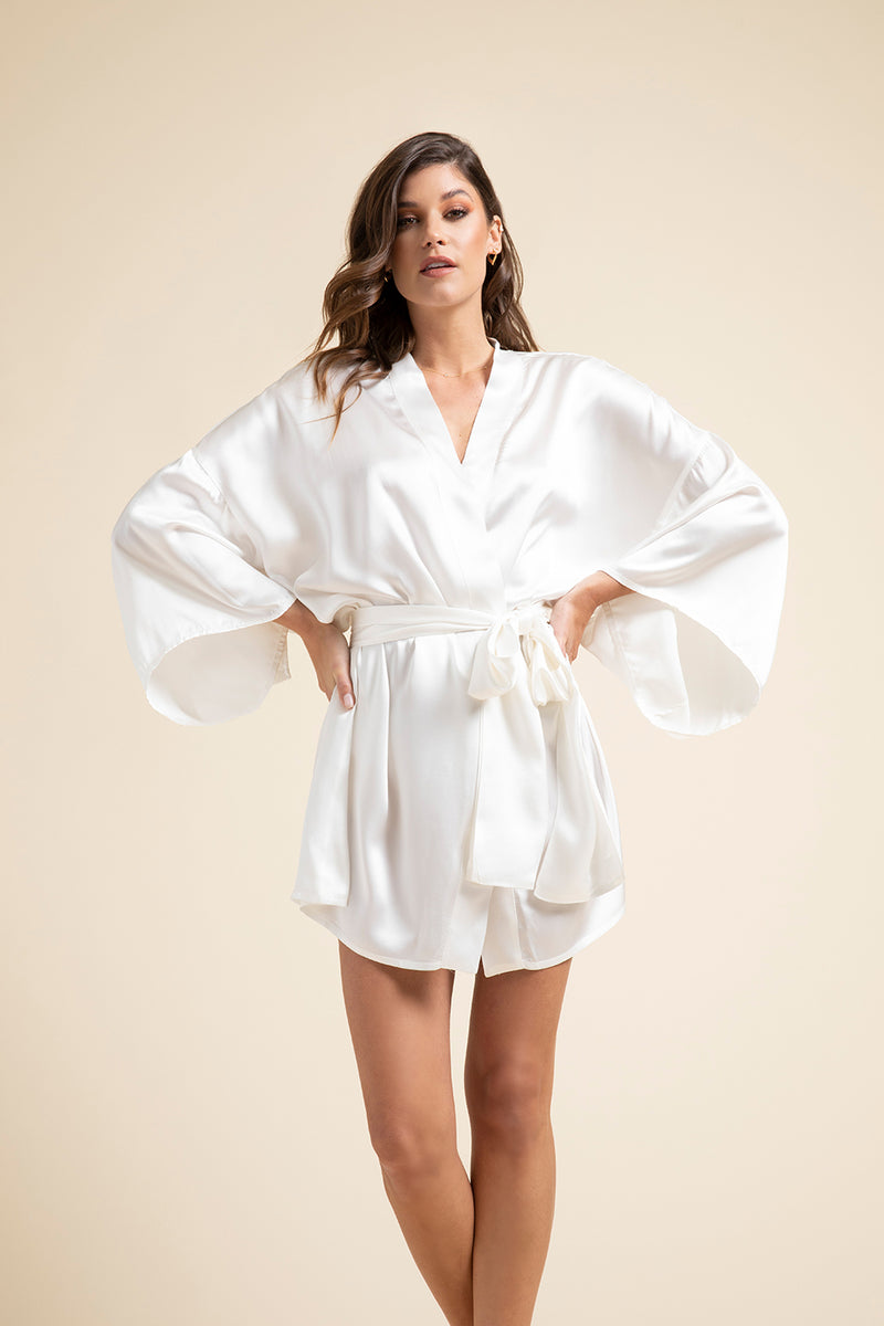 Luxury Loungewear | Muse Silk Short Kimono Robe in Pearl