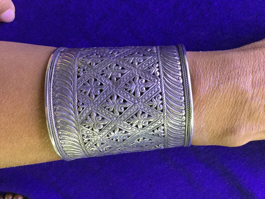 Large Engraved Solid Silver Cuff from Morocco