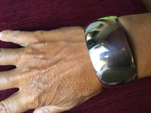 Load image into Gallery viewer, Modern Silver Bracelet