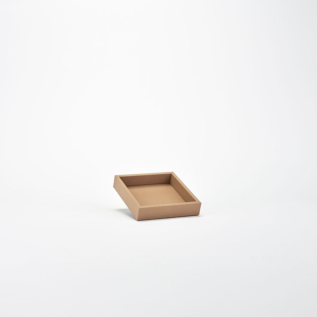 PINETTI SQUARE TRAY M · LIVERPOOL TAUPE