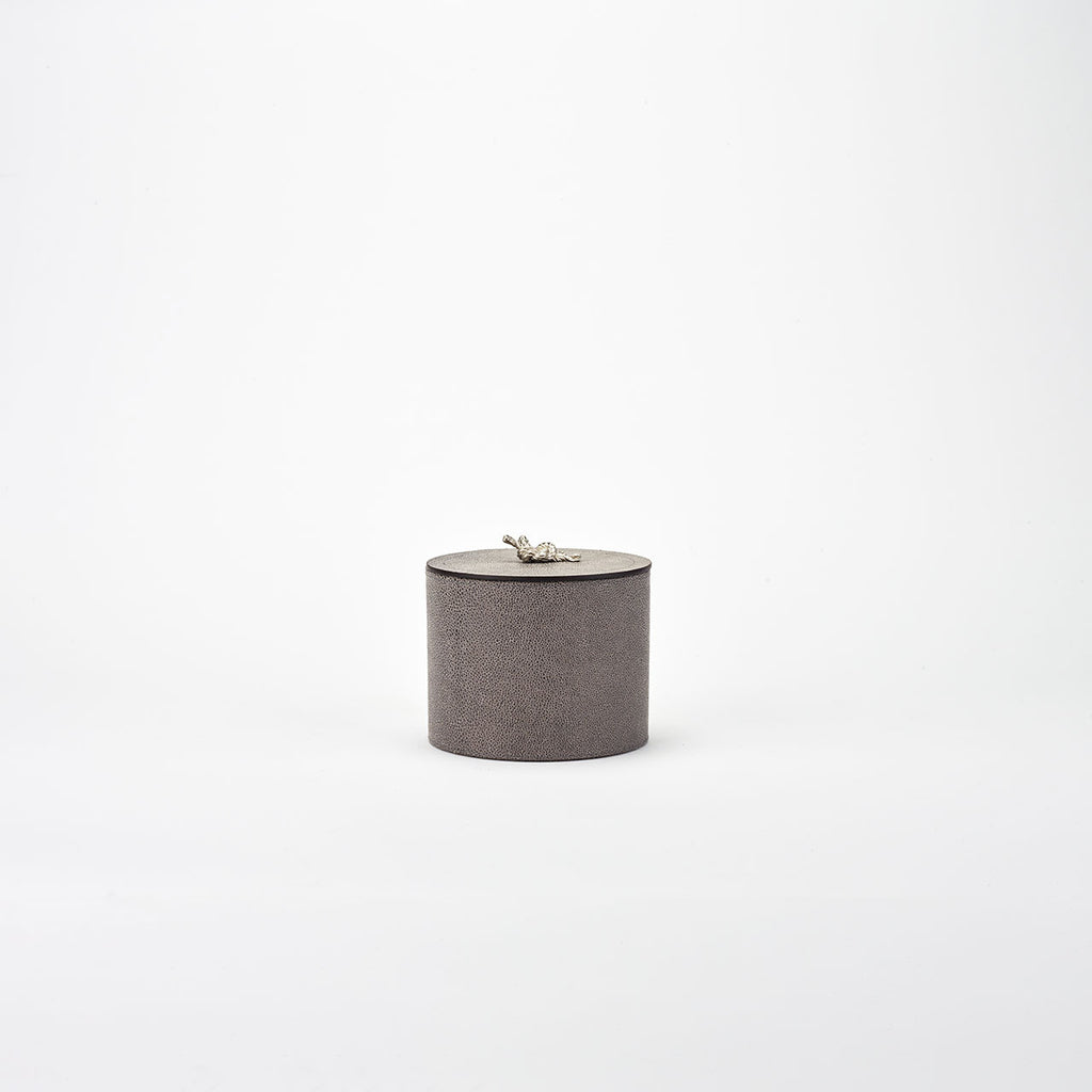 PINETTI ROUND BOX WITH SILVER KNOT · THALIA ARI LIGHT GREY