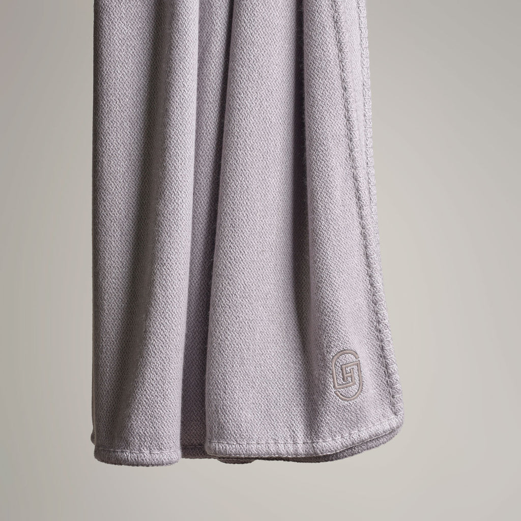CASHMERE THROW WITH LEATHER DETAIL · CLOUD