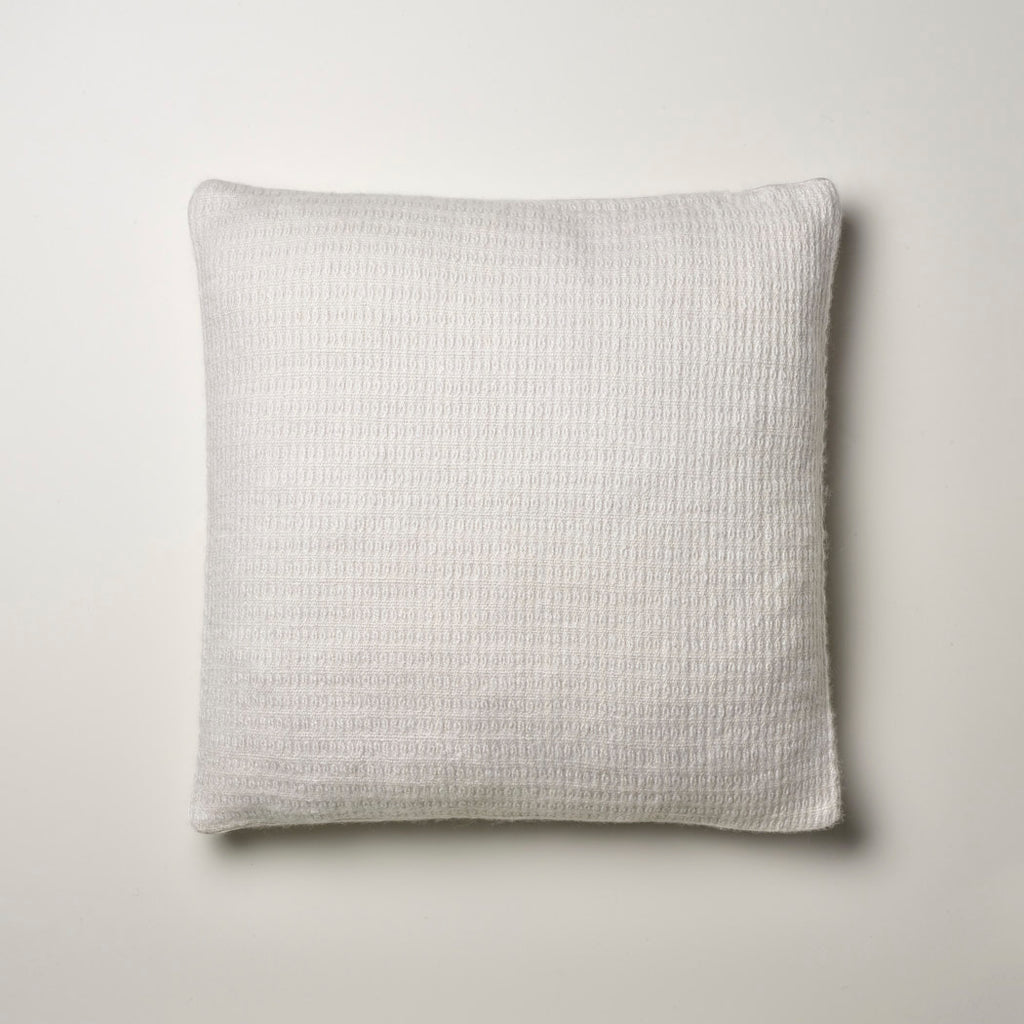 CASHMERE PILLOW FINE WAFFLE WEAVE · ICEWHITE