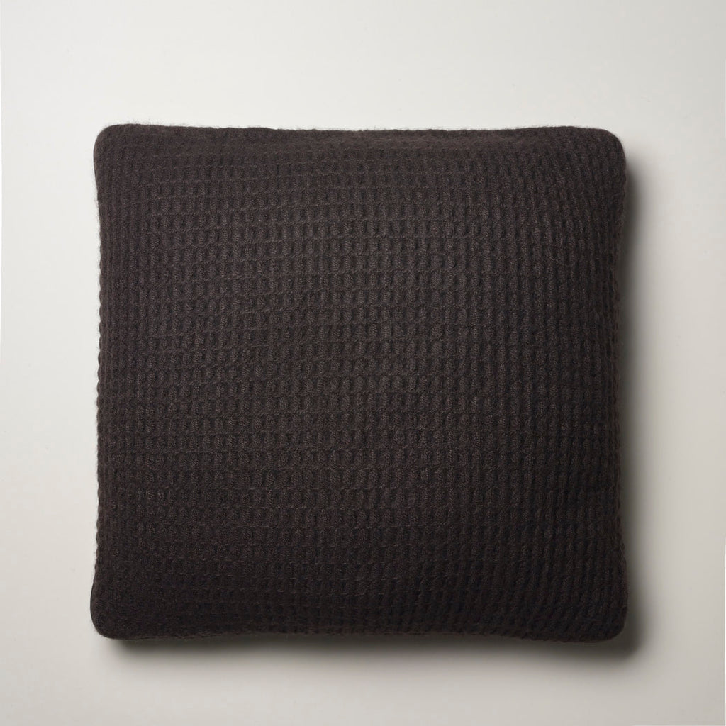 CASHMERE PILLOW WAFFLE WEAVE · CHOCOLATE