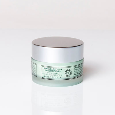 Cruelty free eye cream that targets puffy eyelids, eye bags and eye wrinkles.