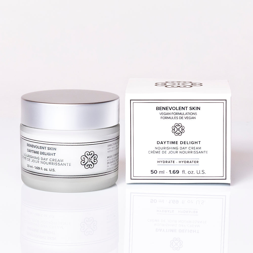 This cruelty free moisturizer is also vegan and is perfect as a daytime face cream that is packed with anti aging ingredients to target key signs of aging.
