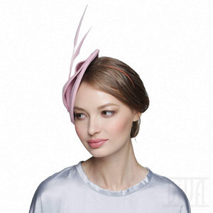 Delicate pink velour fascinator with arrows feathers - DivaHats Boutique
