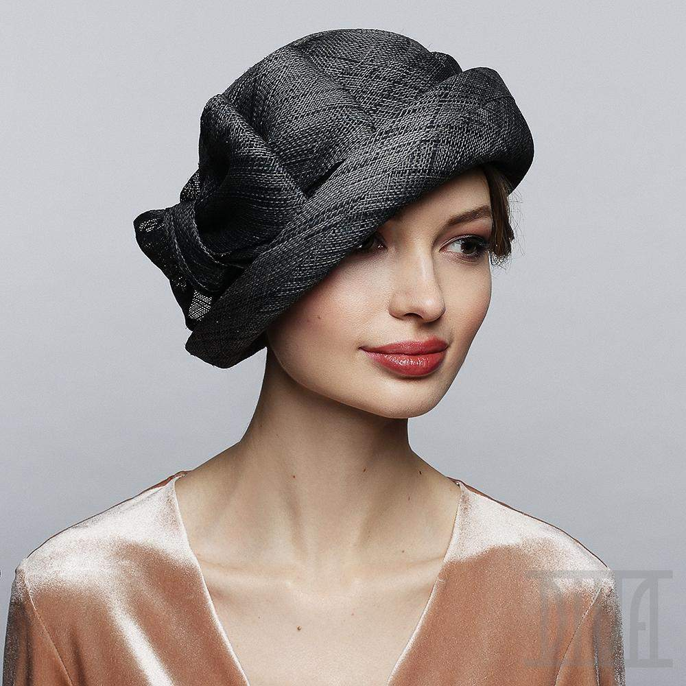 // Elegant Raffia Fabric Hat with Bow - DivaHats Boutique