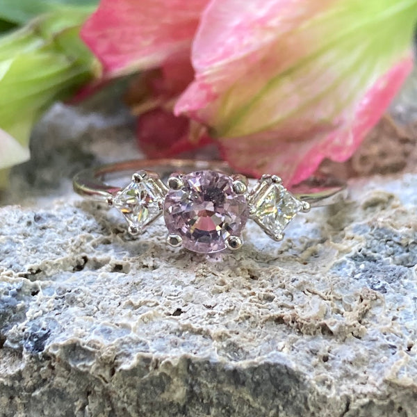 Medium Brilliance Ring - Pink Sapphire- 18K
