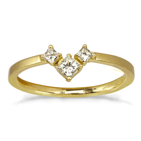Diamond V-shape ring in 14kt and 18kt gold engagement ring