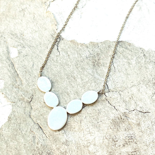 Reflection V-Necklace