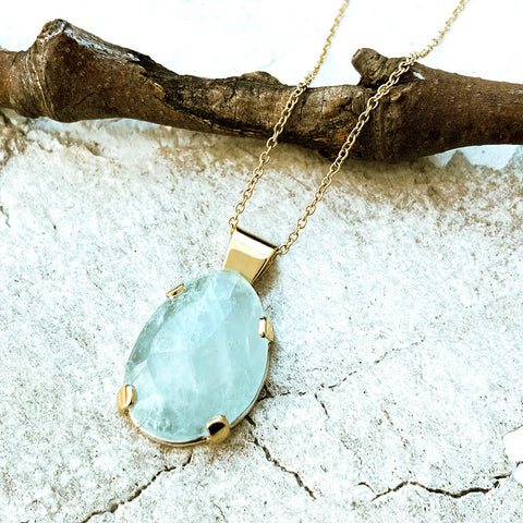 Large Oval Aquamarine Pendant