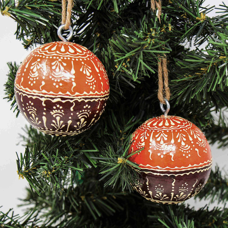 Mango Wood Ornament, Two-Tone Floral Design - Pack of 2