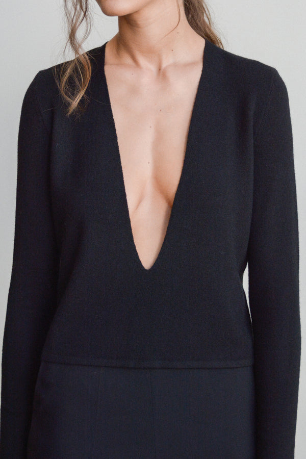 Deep V Plunge Full Milano Rib Stitch Sweater in Black