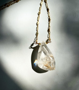 Manifestor Quartz Necklace with Crystal Formations