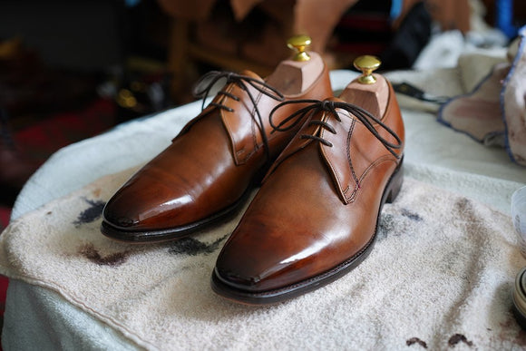 Cleaning leather handmade shoes