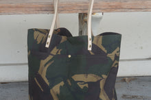 Load image into Gallery viewer, Camo Print Wax Coated Tote Bag - Zip Opening Everyday Bag Style AUT