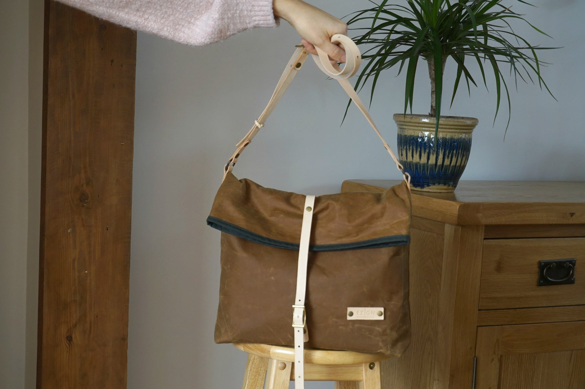753f293ebe48 ... Load image into Gallery viewer, Gold Wax Canvas Cross Body Bag -  Everyday Bag style ...