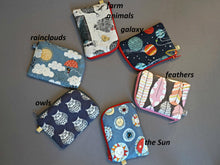 Load image into Gallery viewer, Owls Coin Purse - Small Coin Purse - Cute Owl Coin Purse - Little Owl Zipper Pouch