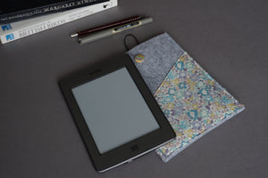 Light Grey Felt Kindle Case, eReader Sleeve