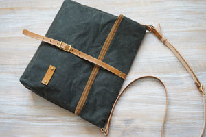 Olive Green Wax Canvas Cross Body Bag - Everyday Bag style: DERE
