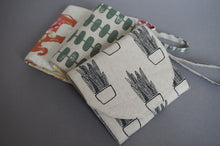 Load image into Gallery viewer, Minimalist Handmade Fabric Wallet - Wristlet Slim Purse for Women