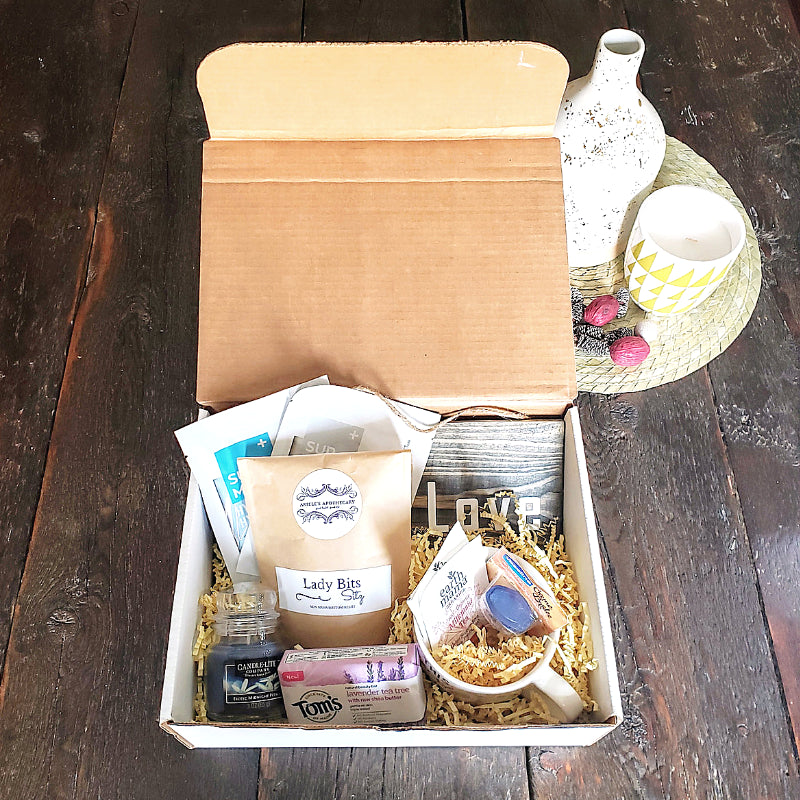 mid-pregnancy-gift-box-the-honey-bundle-pregnancy-gift-boxes