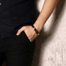 Load image into Gallery viewer, CROSS - Leather Bracelet - Marvellmen