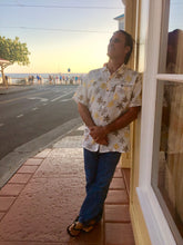 Load image into Gallery viewer, Aloha, Aloha shirt, Men's shirt, Aloha outfit, Aloha attire, Half sleeve shirts, Men's clothing, Men's fashion, Men's Linen shirt, Men's sustainable fashion, Men's clothing, Aloha prints, Aloha shirt design, Hawaii, Maui, Hawaii clothing