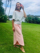 Load image into Gallery viewer, Organic cotton pants, organic cotton, sustainable cotton, sustainable clothing, moa cullote pants, ti and coco maui, hawaii, women's pants, women's organic cotton, coral organic cotton, hawaii, sustainable clothing, eco-conscious clothing