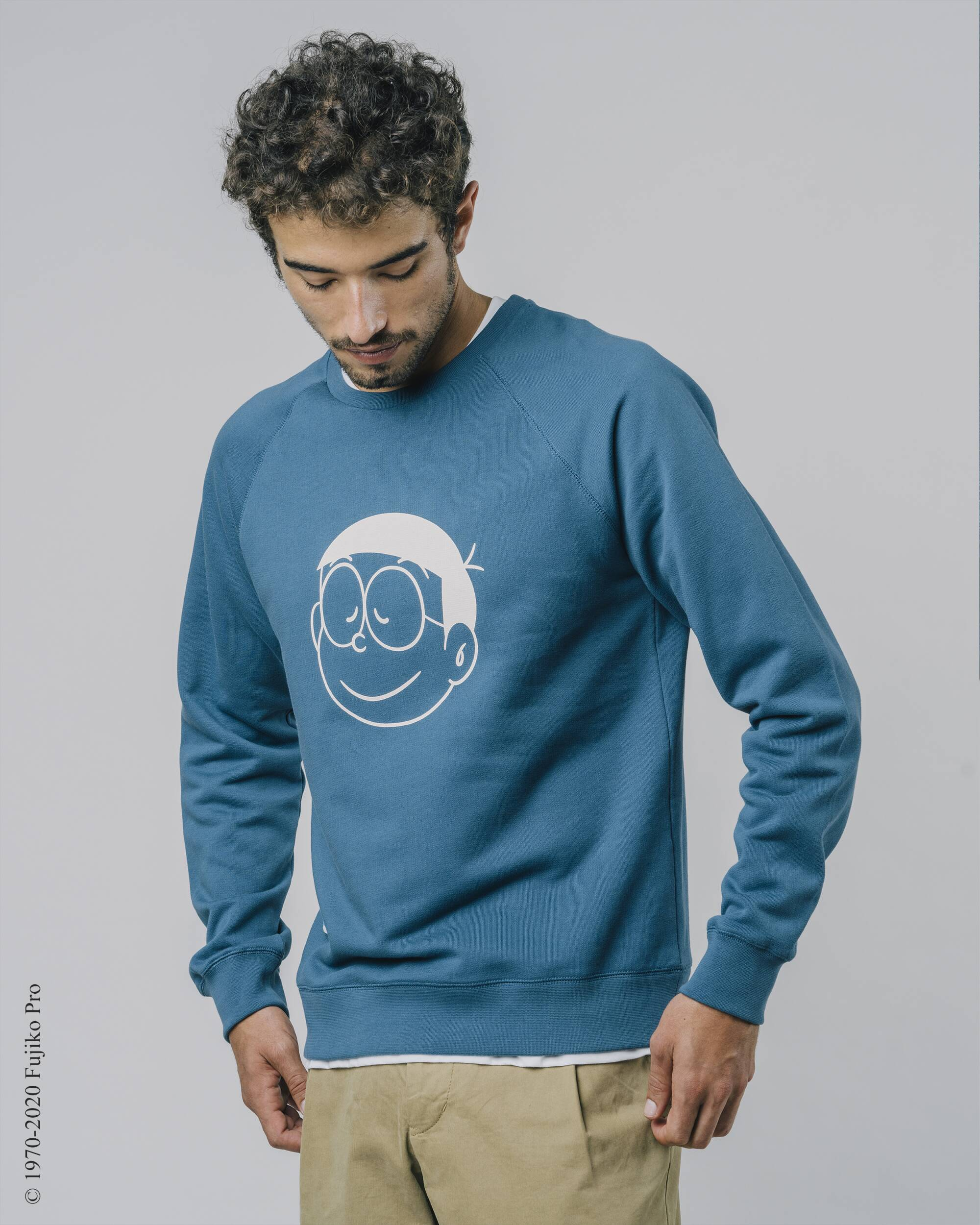 Shop sustainable and fairtrade apparel online. Model Doraemon Nobita Sweatshirt.Official Brava Fabrics store, worldwide express shipping.