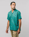Shop sustainable and fairtrade apparel online. Model Hawaii Shirt Roar Roar. Official Brava Fabrics store, worldwide express shipping.