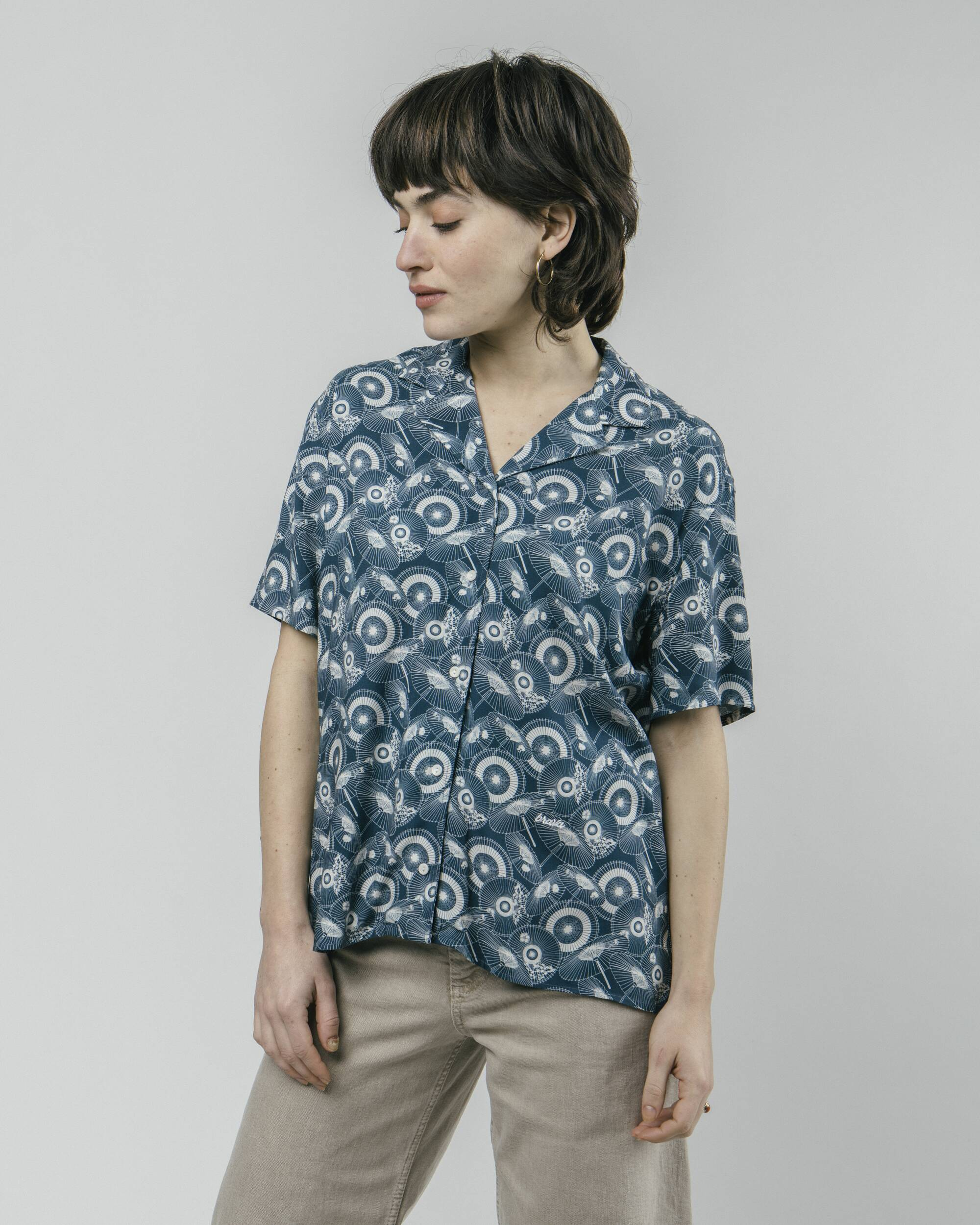 The Osaka Parasol Aloha Blouse
