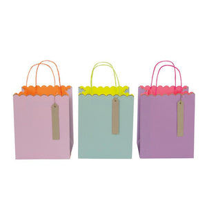 3 Pastel Coloured Gift Bags (Small)