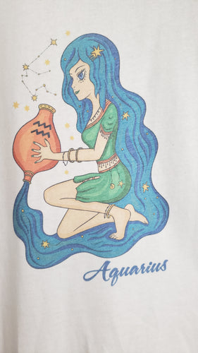 T-Shirt - Aquarius - Womens - Color