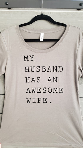 T-Shirt - Awesome Wife - Womens - Vinyl