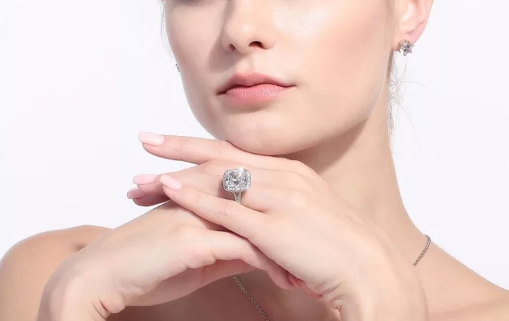 10ct CZ Diamond on 14kt White Gold Ring - Swank & Swagger