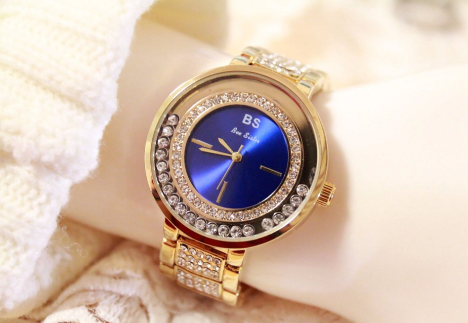 Luxury Fashion Sparkling Wristwatch - Swank & Swagger