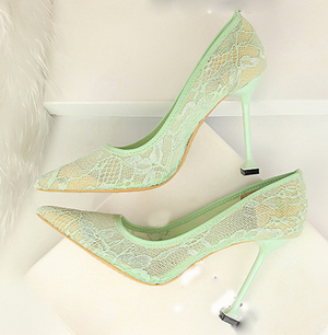 Women's Floral Lace Bridal Pumps - Swank & Swagger