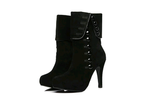 Women's Fashion Button Boots - Swank & Swagger