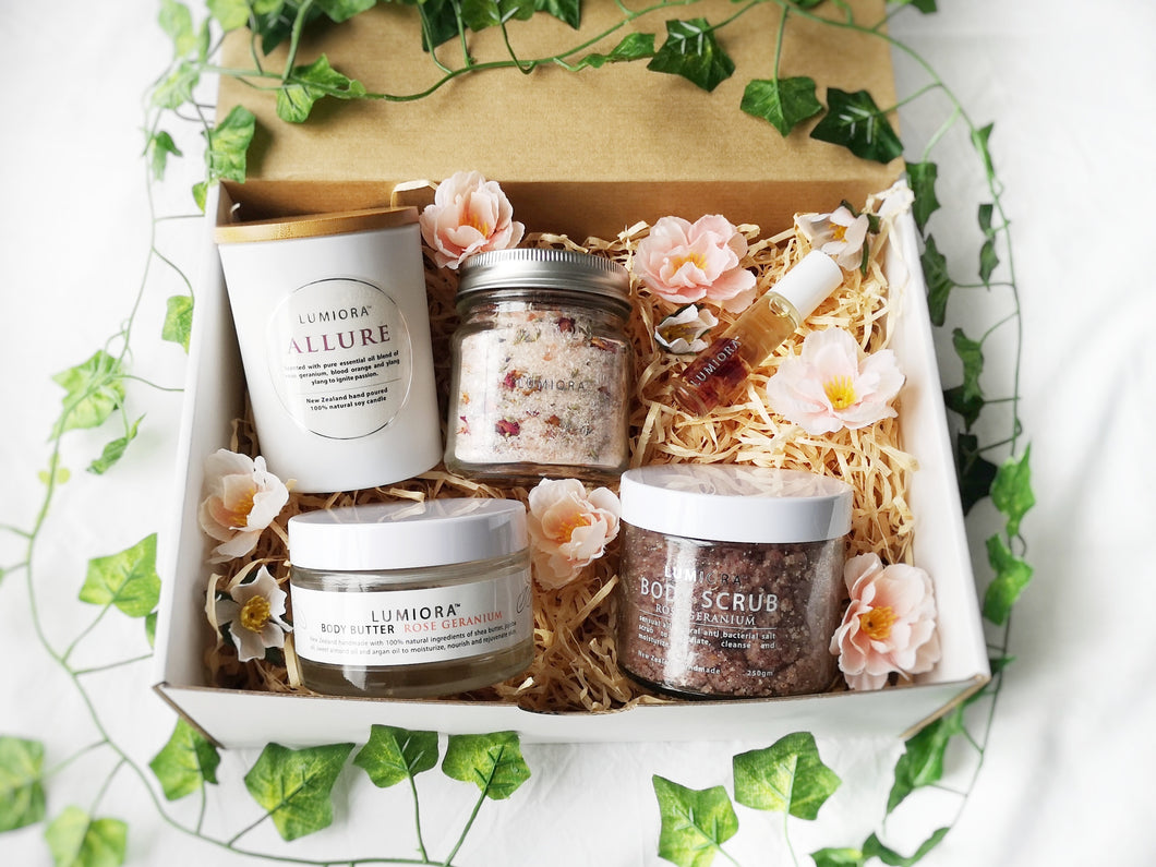 Mother's Day Rose Gift Set